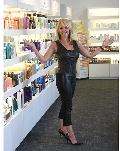 Cindy Feldman, Salon owner